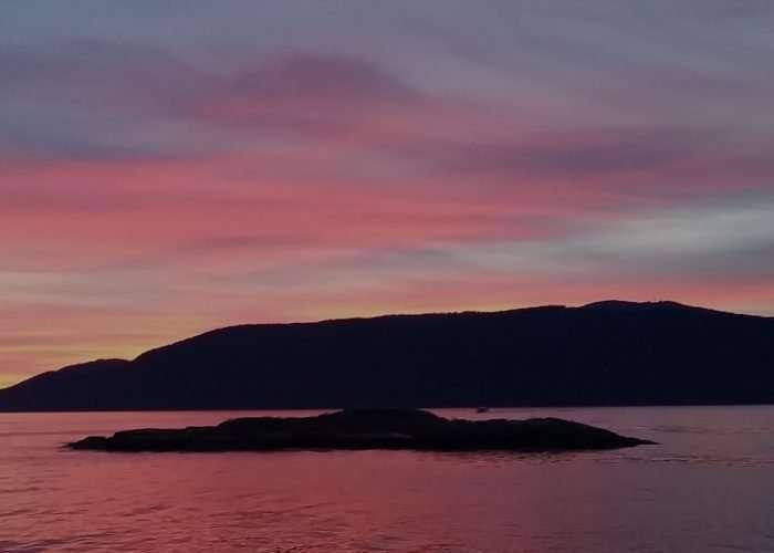 Bowen Island Cruise Hire